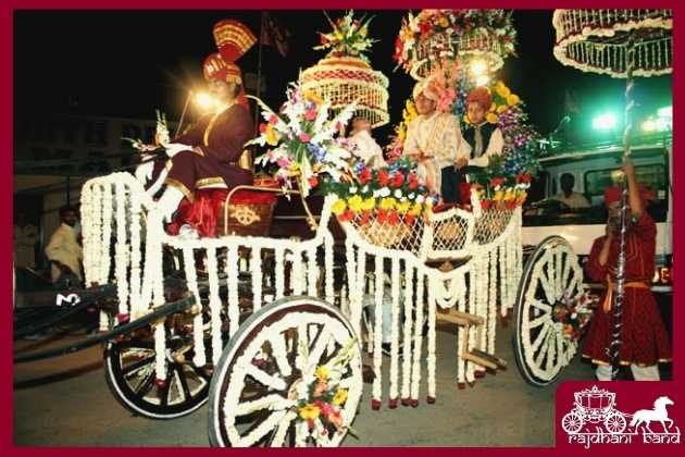 flower decorated chariot in wedding